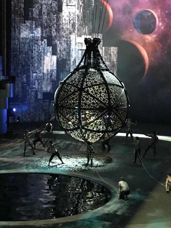 La Perle Globe Of Death